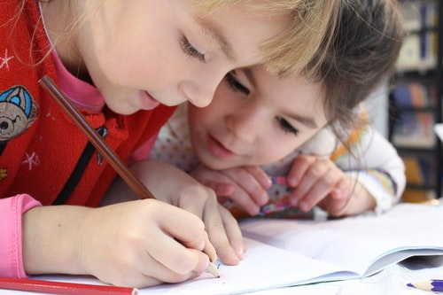 why-regular-schooling-is-awesome-for-kids-mental-health